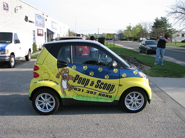 G Dezine Wraps Smart Car